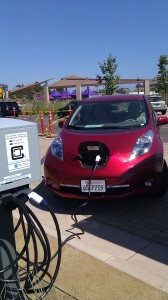 Hertz's Nissan Leaf Takes Charge @New EV Charging Station in Malibu