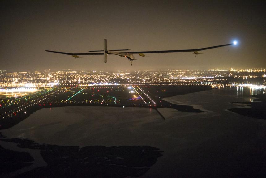 Across America 2013:Final leg from Washington DC. to New-York City. Final Approach © Solar Impulse |Revillard| Rezo.ch