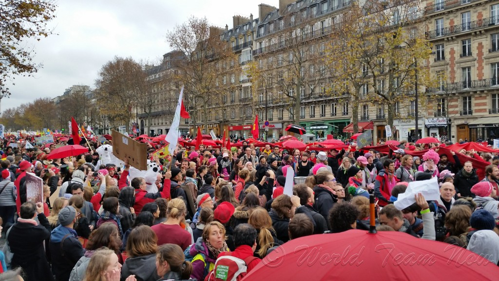 Finally, French authorities allowed a peaceful gathering of Climate Justice activists towards the end of COP21