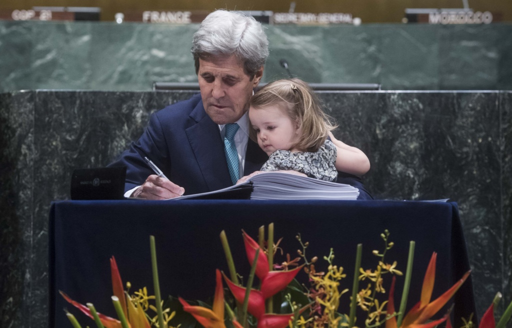 John Kerry Signs Paris Agreement With Granddaughter on Lap High-Level Event for the Signature of the Paris Agreement